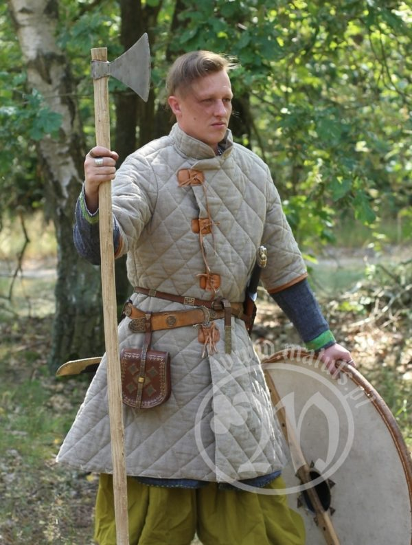 normannische gefütterte Rüstung