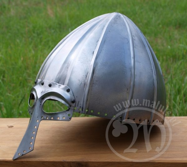 hełm wczesny viking