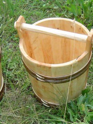wiadro drewniana rączka