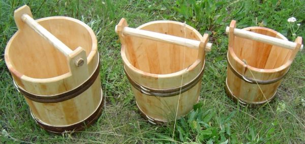 bucket wooden handle